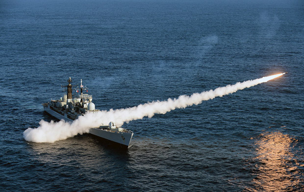 FINAL SEA DART FIRING FROM HMS EDINBURGH 13-04-2012